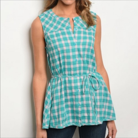 Inspired Closet Tops - NEW! 3 FOR $40 • Jade Green Checked Button Down